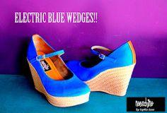 electric blue kloe  by sofia lazo