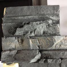 deze structuur krijgt 1 wand van de wachtkamer Kleur grijs of donker grijs
