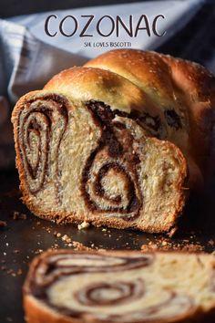 Romanian Easter & Christmas Bread Cozonac via Festive Bread, Holiday Bread, Christmas Bread, Christmas Recipes, Romanian Desserts, Romanian Food, Romanian Recipes, Sicilian Recipes, Turkish Recipes