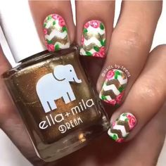 Gold flower chevron nails #roses