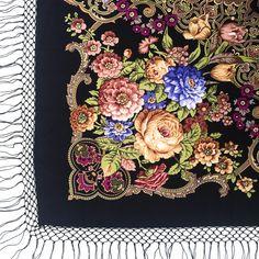 Russian traditional shawl. Wool 100%. Summertime. 148x148cm. Platochic.tictail.com