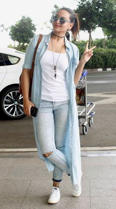 Stylish @sonakshisinha at the airport...all set and raring to go...