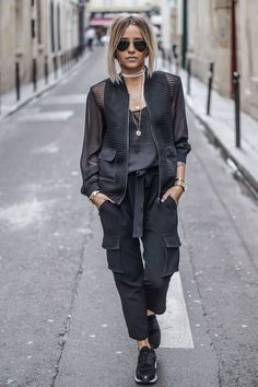 Black Outfits: Take it to the Streets