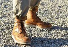 of Tommy Ton: The Shoes of the Season Street SnapStreet Snap Tommy Ton, Street Fashion Tumblr, Oxford Boots, Men Street, Street Snap, Everyday Shoes, Dapper Men, Fashion Updates, Men's Shoes