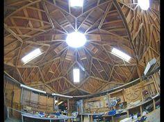 Atelier de menuiserie de Robinson Tillie, charpentier et constructeur de zomes