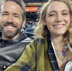 Blake Lively Ryan Reynolds, Great Mothers Day Gifts, Female Actresses, Personal Stylist, Summer Girls, Jewelry Trends, Beautiful Actresses, White Tops, Mom And Dad