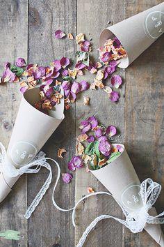 DIY Burlap & Lace Petal Wedding Cones