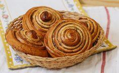 Škoricové osie hniezda - recept   Varecha.sk Desserts, Nova, Basket, Tailgate Desserts, Deserts, Postres, Dessert, Plated Desserts