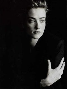 Tatiana Patitz - my favorite model and star of so many inspiring photos from the from photographers such as Peter Lindbergh, Herb Ritts, and Nick Knight Low Key Portraits, Portrait Photos, Foto Portrait, Female Portrait, Low Key Photography, Fashion Photography Poses, People Photography, Amazing Photography, Portrait Photography