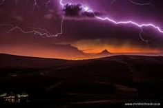 Sunset thunderstorm in Cape Town Pictures Of Lightning, Thunderstorms, Natural World, Cape Town, Beautiful Landscapes, Northern Lights, Neon Signs, Clouds, Sunset