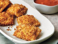 Fried Ravioli with Marinara Sauce {@Betty Crocker}