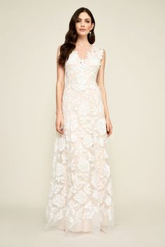 Looking for a bohemian wedding dress to create an effortless look? Shop from David's Bridal bohemian bridal gowns available in short & long lengths today! Bohemian Wedding Dresses, Wedding Dress Styles, Bridal Dresses, Wedding Gowns, Boho Wedding, Dream Wedding, Pageant Dresses, Wedding Outfits, Wedding Attire