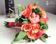 Znalezione obrazy dla zapytania bukiet ślubny piwonie róż