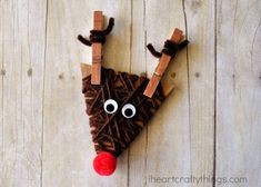 Rudolph the Red-nosed Reindeer is among the most popular Christmas characters and he's a favorite at our house. With Christmas time approaching it's the perfect time to pull out your favorite Rudolph children's book or Easy Yarn Crafts, Yarn Crafts For Kids, Christmas Crafts For Kids, Christmas Art, Preschool Crafts, Xmas, Christmas Ideas, Reindeer Craft, Reindeer Ornaments