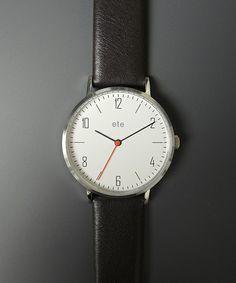 ete(エテ)のペアウォッチ ホワイト×ダークブラウン(腕時計) シルバー系その他