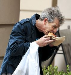 What a legend! US-based Australian actor Ben Mendelsohn, 48, has been praised for his pastry-scoffing efforts this week, after being photographed eating a meat pie in Sydney