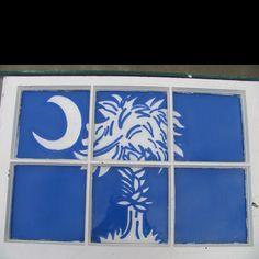 South Carolina flag painted on window pane pane ideas flag Canvas Painting Projects, Flag Painting, Painted Window Panes, Window Art, South Carolina Flag, Flag Art, Diy Table, Sunroom Ideas, Wall Decor