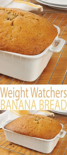 Best Weight Watchers Banana Bread recipe is a fast time-saving sweet bread recipe with healthy ingredients that you can feel good about. At just 3 Smart Points per serving, you can enjoy a slice of Weight Watchers Banana Bread with dinner or as a snack. Weight Watcher Desserts, Weight Watcher Banana Bread, Plats Weight Watchers, Weight Watcher Dinners, Weight Watchers Cake, Weight Watchers Pumpkin, Ww Recipes, Low Calorie Recipes, Light Recipes