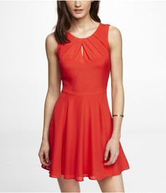 PLEATED KEYHOLE FIT AND FLARE DRESS | Express. Style: 7847834. $79.90