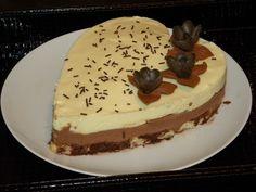 Tort cu mousse de ciocolata alba si ciocolata cu lapte