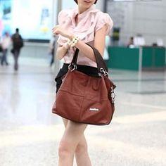 Shoulder Handbags, Shoulder Bag, Make A Gift, Casual Bags, Fashion Addict, Soft Leather, Olympics, Bucket Bag, Fashion Show