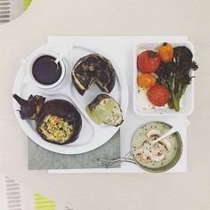. good morning rainy sunday :-]))) . #goodmorning #morning #breakfast #yummy #goodfood #instafood #onthetable  #homemade #foodie #foodstagram #igfood #foodphotography #foodphoto #yum #S_S_iloveBreakfast #朝食 #早餐 #goodmorning #早安 #おはようございます #cooking  #stuffedeggplant #カレー  #野菜庫斯庫斯_雞肉豆丸擠圓茄2顆 #couscous #クスクス #庫斯庫斯 #茄子 #茄