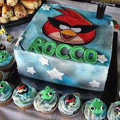 Angry Birds Space Cake!