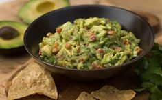 Rosa Mexicano in NYC is a wonderful restaurant. Their guacamole is simply the best I've ever had. I got so excited to see this here! It is wonderful and can also be made in a lava molejeto bowl. I hope to get one of those to make this delicious recipe.