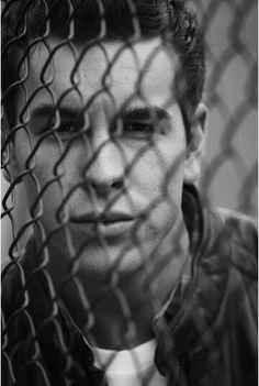 Photo of Mario Casas for fans of Mario Casas 27720755 Pretty Boys, Pretty Woman, Young Actors, Romantic Movies, Pearl Harbor, Black And White Pictures, Man Photo, Girls In Love, Perfect Man