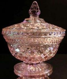 ANCHOR HOCKING WEXFORD PINK PEDESTAL CANDY DISH WITH LID