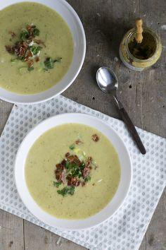 Met een soepje op de zondagmiddag maak je mij altijd blij. Lekker op de bank met…