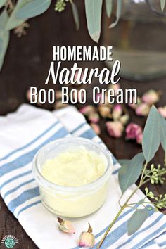 This homemade natural boo boo cream is great to put on cuts, scrapes, and rashes to help reduce inflammation and fight germs. With just a few natural ingredients like coconut oil (anti-bacterial and anti-fungal), beeswax, Homemade Deodorant, Homemade Skin Care, Diy Skin Care, Natural Home Remedies, Herbal Remedies, Natural Healing, Health Remedies, Vitamin E, Natural Baby