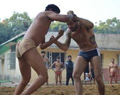 Professor Rodrigo trying Indian Wrestling, Kushti - www.RTJiuJitsu.com