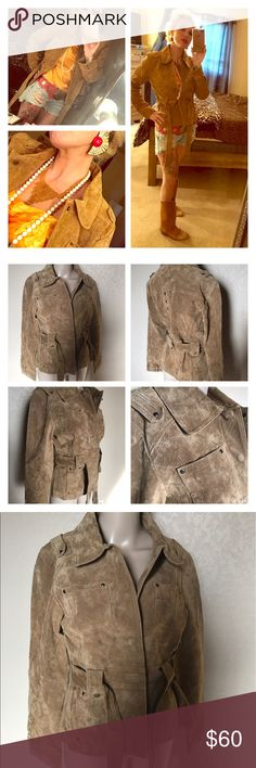 Suede vintage 70s retro jacket Vintage retro 1970s suede vintage tan jacket !! Great great condition fits sizes small to medium!! This jack is an awesome rare vintage piece 🙌🏻🙌🏻🙌🏻✌🏼❤️ Jackets & Coats