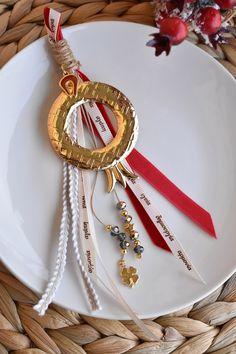 Γουρι με μεταλλικο επιχρυσωμενο ροδι Drop Earrings, Jewelry, Jewlery, Jewerly, Schmuck, Drop Earring, Jewels, Jewelery, Fine Jewelry