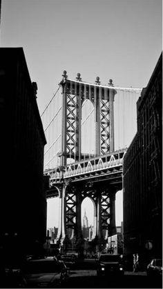 Manhattan Bridge New York Black And White iPhone Wallpaper