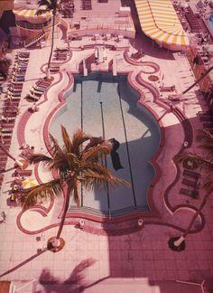 Retro Pop Cult - modernizor: Pink Hotel Swimming Pool from 1950 . Miami Pool, Hotel Swimming Pool, My Pool, Miami Beach, Hotel Pool, Miami Florida, Miami City, Pink Hotel, Kitsch