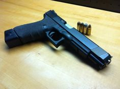 Hello, I would be interested in buying a glock, I would like to know the price and if you send in europe in a discreet manner. I await news with regard Glock 20 Long Slide