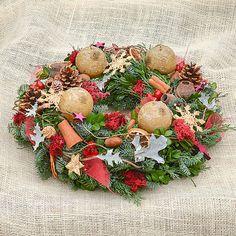 Hydrangea / Prírodný adventný veniec Christmas Wreaths, Holiday Decor, Home Decor, Decoration Home, Room Decor, Home Interior Design, Home Decoration, Interior Design