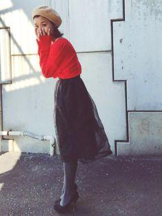 春の赤ニットコーデ6 とびきりオトナなチュールスカート...