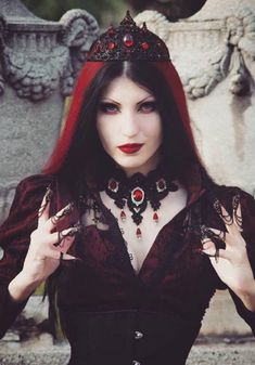 Tamara Simic #GothicBeauty