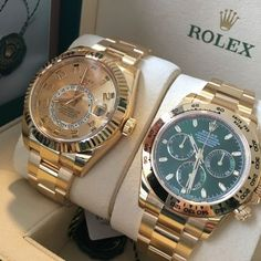 Daytona or Sky-Dweller? #Dailyduo Two of the best from Rolex but which one is the finest gift of gold?