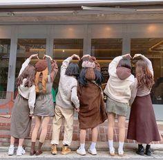 Read from the story cs Ulzzang Korean Girl, Cute Korean Girl, Ulzzang Couple, Girl Group Pictures, Cute Friend Pictures, Korean Aesthetic, Aesthetic Girl, Foto Best Friend, Estilo Swag