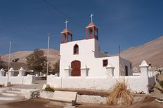Iglesia de Poconchile - Valle de Lluta #pinChile #landscape