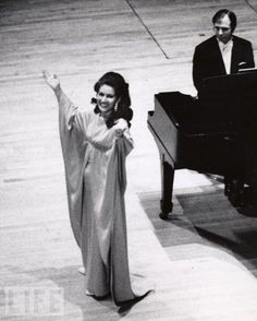 ivor Newton accompanies the great Callas on her last ill-fated tour