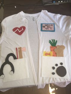 Vet costume out of a t shirt and felt for career day Vet Costume, School Costume, Dramatic Play Area, Dramatic Play Centers, Dress Up Day, Kids Dress Up, Dress Up Costumes, Diy Costumes, Costume Ideas