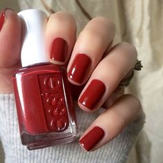 Heat things up wherever you go with this toasted spice burgundy. #withtheband has been added our essie core family. Photo by @hjs_nails. #essielove