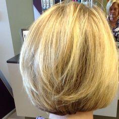 Love this Blonde Bob by Nikki Wright Rudolph at Salon Lofts Beachwood #salonlofts #salonloftscleveland #nikkiwrightrudolph