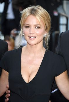 Actress Virginie Efira attends the 'Elle' Premiere during the annual Cannes Film Festival at the Palais des Festivals on May 21 2016 in Cannes. Isabelle Huppert, Beautiful Gorgeous, Gorgeous Women, Photo Cannes, Actrices Sexy, Tv Girls, French Beauty, French Actress, Photography Women