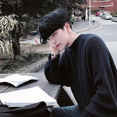 This is my favourite ulzzang, love Yoonji💕💕💕 Korean Boys Ulzzang, Cute Korean Boys, Ulzzang Couple, Ulzzang Boy, Korean Men, Cute Boys, Korean Girl, Cute Asian Guys, Pretty Asian